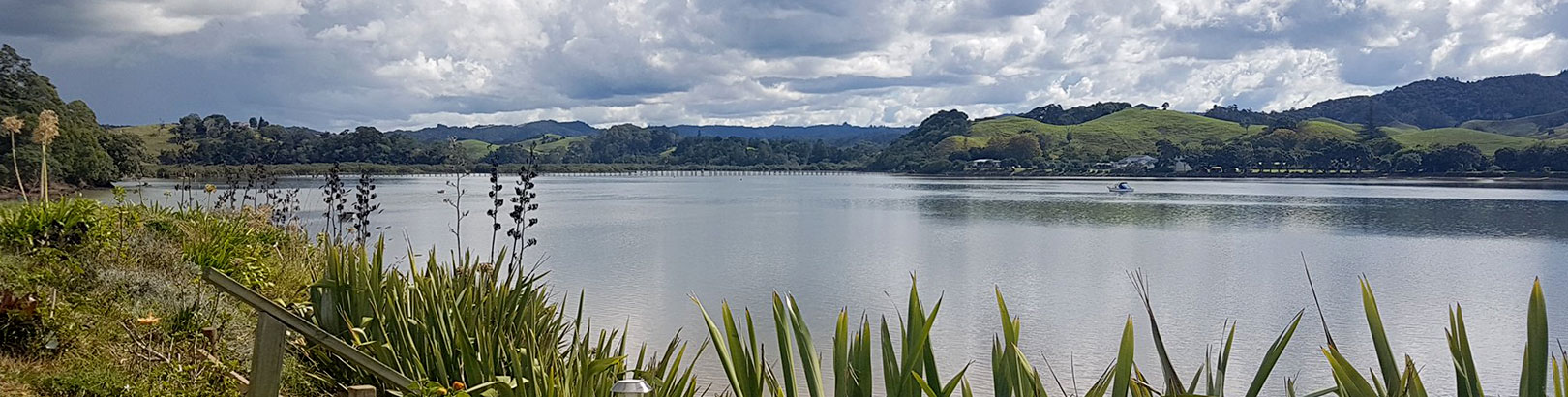 Whananaki a great Northland holiday location with the longest walking bridge in the southern hemisphere